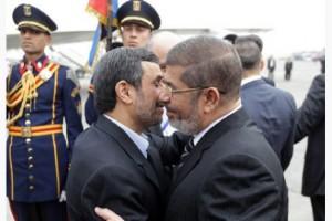 ahmadinejad  morsi kissing