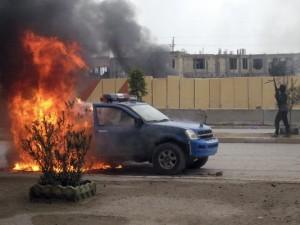 car burns in anbar