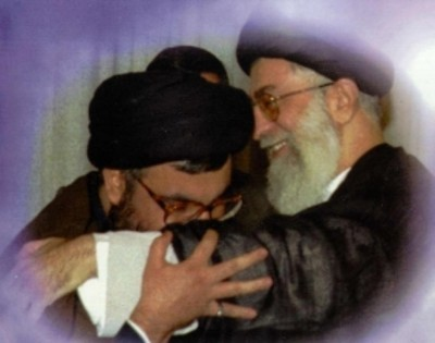 Hezbollah chief Hassan Nasrallah ( L) and Iranian supreme leader Ali Khamenei