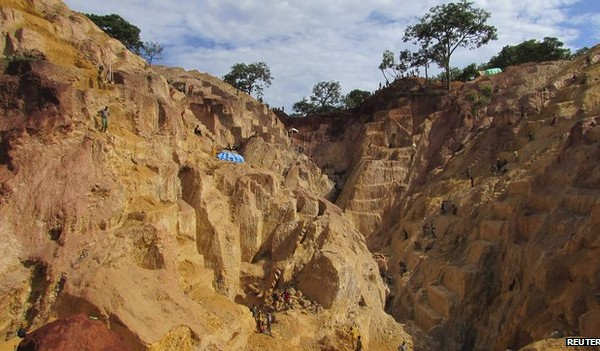 Seleka rebels are operating the Ndassima gold mine illegally