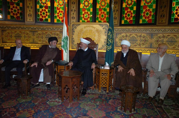 Hezbollah  delegation and Mufti