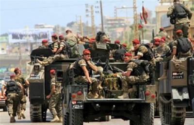 Lebanese army patrols Arsal