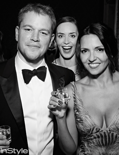 Matt Damon and his wife Luciana Barroso were photobombed by Emily Blunt as they enjoyed the wedding festivities.