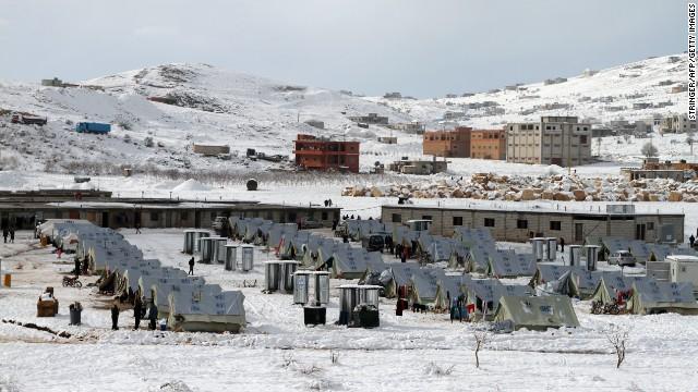 syrian refugees, lebanon snow