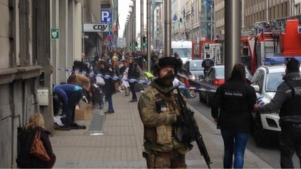 Officials say at least 31dead in Brussels attacks; airports across Europe tighten security.