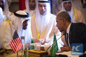 Obama  -  Mohammed bin Zayed al-Nahyan (L)