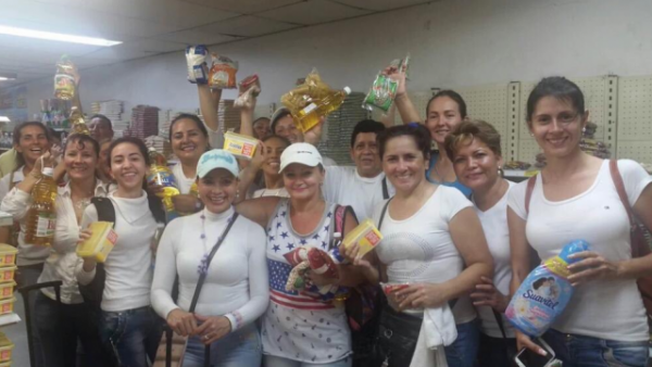 Venezuelan women with their shopping. Photo sent by an Observer.