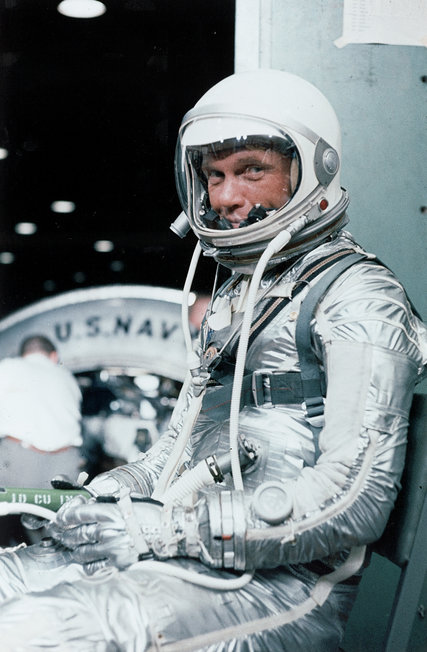 John Glenn wearing a Mercury pressure suit during a preflight training exercise in February 1962 in Cape Canaveral, Fla. Mr. Glenn was hailed as a national hero and a symbol of the space age as the first American to orbit the Earth, then he became a national political figure for 24 years in the United States Senate. CreditNASA, via Associated Press