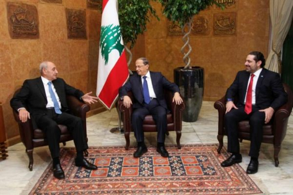 Lebanon's President Michel Aoun (C) meets with Prime minister  Saad al-Hariri (R) and Parliament Speaker Nabih Berri at the presidential palace in Baabda, Lebanon December 18, 2016. Dalati Nohra/Handout via Reuters