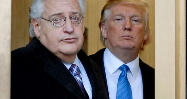 President-elect Donald Trump has chosen attorney David Friedman (L)  to serve as his U.S. ambassador to Israel.