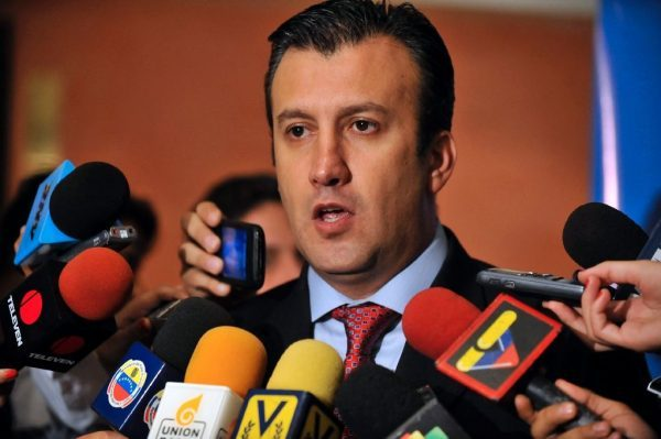 Venezuela President Nicolas Maduro named Tareck El Aissami  of Lebanese, Syrian origin as his  vice-president on January 4, 2016, making him the   potential successor to the presidency in the event that the embattled Maduro is impeached (AFP Photo/LEO RAMIREZ)