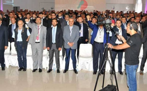 Lebanese Democratic Party members and leaders  in  Rachaya  and the Western Bekaa  districts resigned en mass