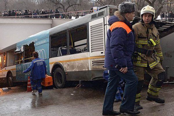 A view shows the scene of an incident involving a passenger bus, which swerved off course and drove into a busy pedestrian underpass, in Moscow, Russia December 25, 2017. REUTERS/Yuri Kibirov