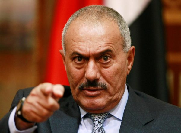 FILE PHOTO: Yemen's then President Ali Abdullah Saleh points during an interview with selected media in Sanaa, May 25, 2011. REUTERS/Khaled Abdullah/File Photo