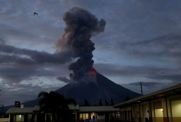 phillipines volcano