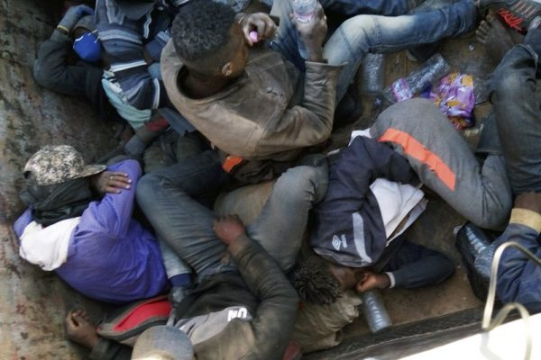 MIGRANTS expelled from algeria