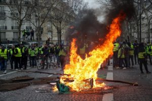 Hundreds Arrested and Some Hurt as Paris Yellow Vest Protests Become Violent