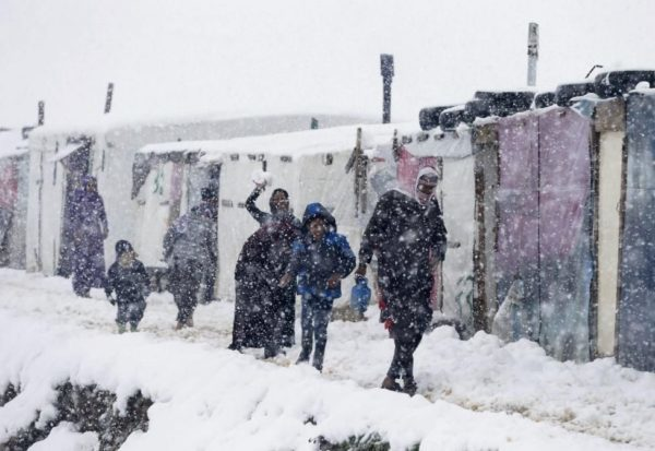 Syrian refugees snow in Lebanon