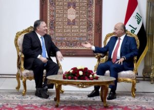 US Secretary of State Mike Pompeo (L) and  Iraq   President Barham Saleh