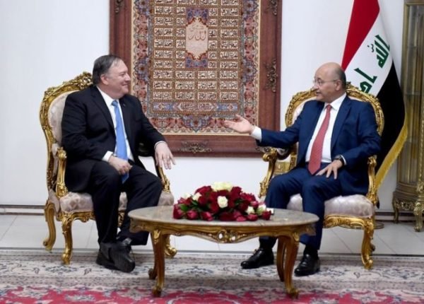 US Secretary of State Mike Pompeo (L) and Iraq President Barham Saleh