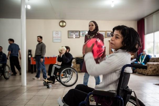 paralyzed syrians turkey
