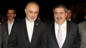 Iran's Foreign Minister Ali Akbar Salehi (L) and his Iraqi counterpart Hoshyar Zebari (file photo)