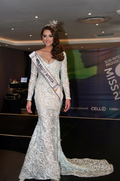 Rolene Strauss Ready for Miss World 2014
