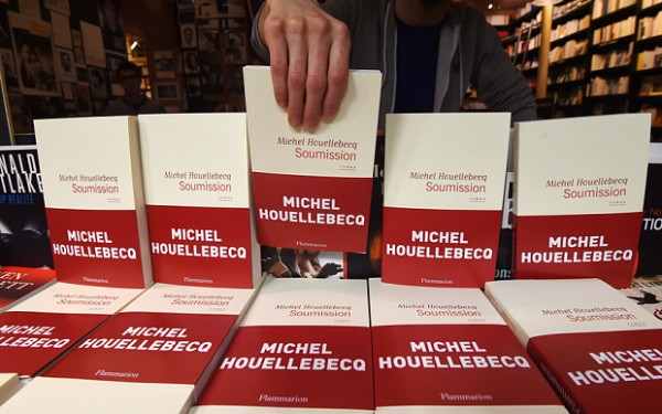 A bookseller displays Houellebecq's new book Soumission (AFP)