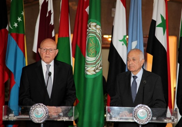 PM Tammam  Salam ( L) with Arab League chief Nabil Elaraby in Cairo. Photo courtesy Dalati – Nohra. June 17 2015