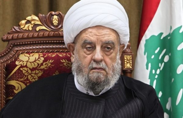 Head of the Lebanese Islamic Supreme Shiite Council, Sheikh Abdel Amir Qabalan