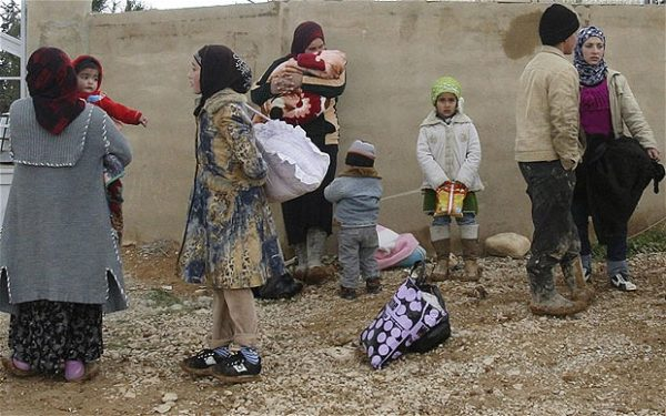 Syrian refugees arrive at Qaa village in northern Lebanon Photo: REUTERS